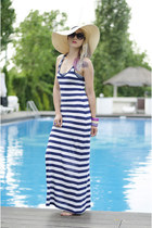 eggshell floppy H&M hat - navy stripes Amisu dress - black H&M sunglasses
