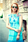 Turquoise-blue-floral-print-vintage-dress-beige-nowistyle-bag