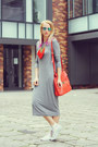 White-high-tops-converse-shoes-heather-gray-h-m-dress-red-zara-bag