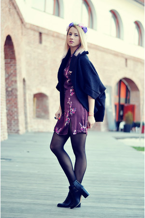 black cut out Stradivarius boots - magenta floral print thrifted dress