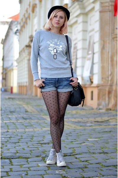 heather gray nowIStyle sweater - black heart charme tights - black nowIStyle bag