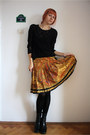 Black-thrifted-top-yellow-vintage-skirt-black-random-tights-black-amelie-b
