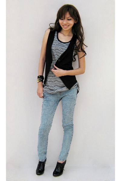 httpskinnyheelsblogspotcom vest - random from Bangkok jeans - Wufenpu Taipei