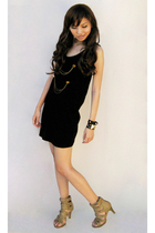 httpskinnyheelsblogspotcom dress - random from Bangkok accessories - httpgirlabt