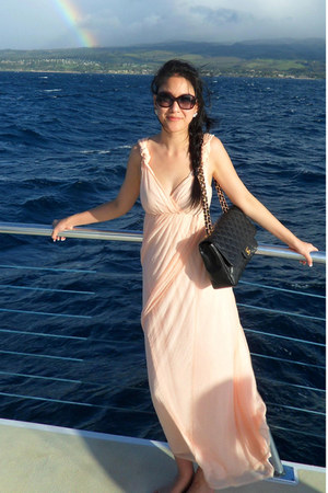 classic jumbo Chanel bag - chiffon H&M dress - Fendi sunglasses