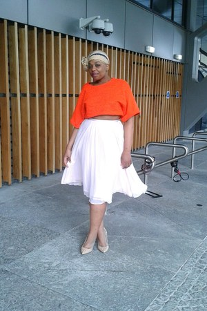 light pink H&M skirt - carrot orange H&M top