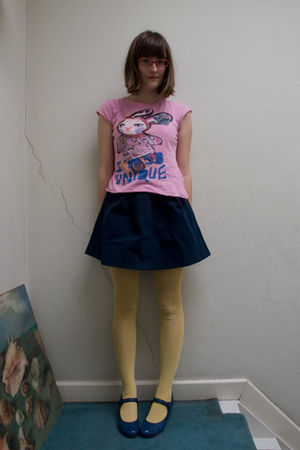 pink Zara t-shirt - blue H&M skirt - blue Pomme dOr shoes