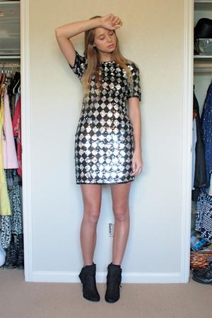 AJBari dress
