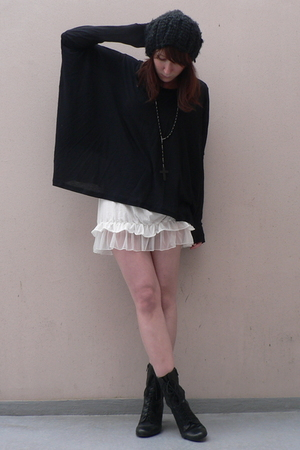 H&amp;M hat - COS shirt - Zara shirt - new look boots - neclakce claires accessories