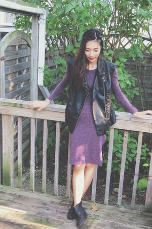 Aritzia dress - Urban Outfitters vest