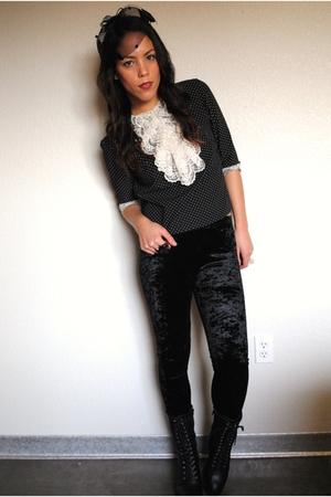 Forever 21 hat - vintage blouse - Forever 21 leggings