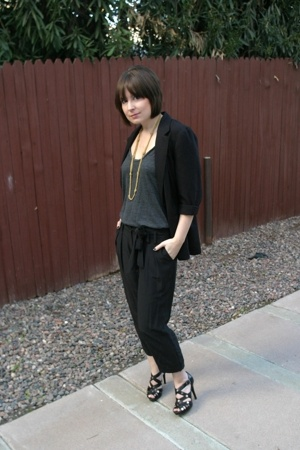 Express pants - Urban Outfitters t-shirt - jacket - BCBGirls shoes