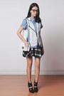 Black-choies-shoes-light-blue-mgp-shirt-white-clear-emoda-bag