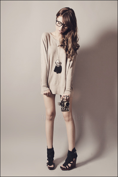 beige Mango sweater - black abella Gold Dot shoes