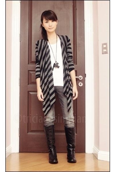 gray faded denim Lee pants - black knee high China boots - gray Debenhams jacket