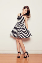 black striped apartment 8 dress - black Forever 21 heels