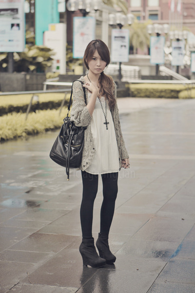 white Topshop dress - green Topshop cardigan - black Topshop leggings - black Fo