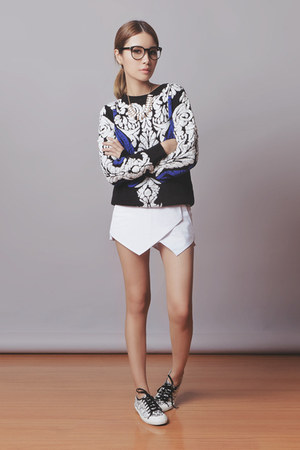 black Sheinside sweater - white Sheinside shorts - white Tretorn sneakers