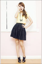 Black Sheep by Maldita top - Mphosis skirt - Nine West shoes - Gingersnaps neckl
