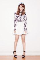 ivory printed EMODA shirt - black EMODA heels - white leather EMODA skirt