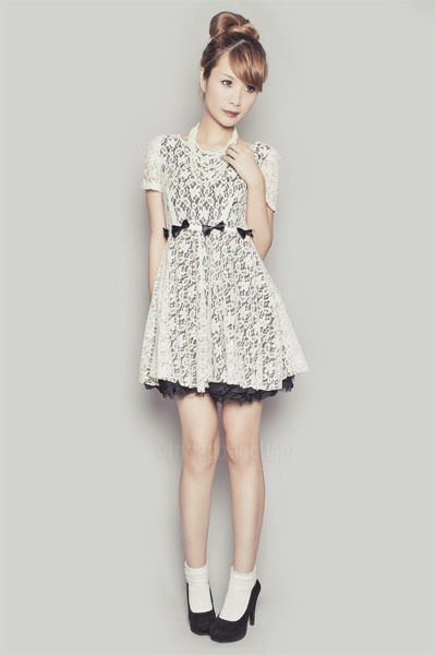 off white romwe dress - black Forever 21 heels - white Forever 21 necklace