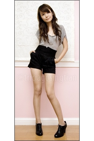 black oxfords Urge boots - black high-waist maldita shorts