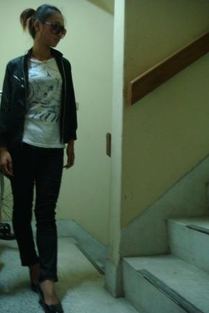 JCrew t-shirt - jacket - leggings - lifestride shoes