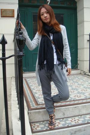 Zara sweater - H&M scarf - JCrew t-shirt - Zara pants