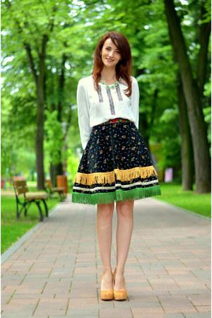 Mamoiselle Couture skirt - cream Pour La Victoire pumps