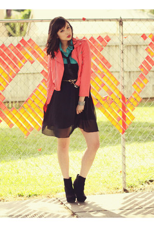 carrot orange nastygal jacket - black Ya Los Angeles dress