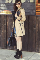 beige ELLIATT coat - black Questhaven Fashions bag