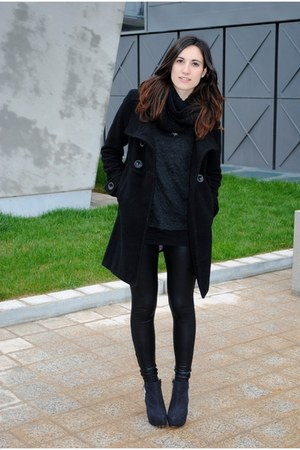 Lefties boots - Stradivarius coat - Bershka leggings - Zara jumper