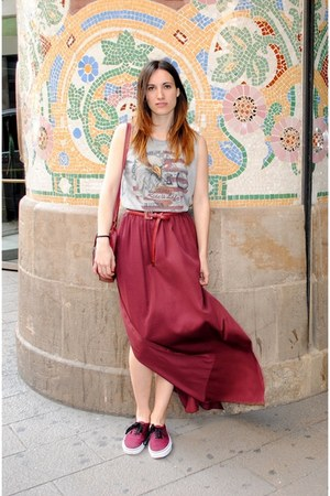 Zara skirt - green coast t-shirt - Vans sneakers