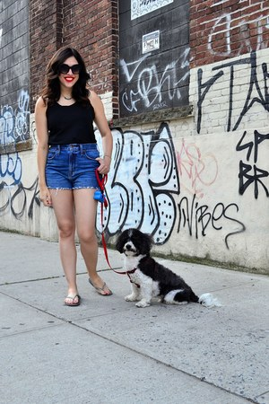 blue madewell shorts - black Urban Outfitters sunglasses - black madewell top