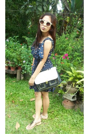 black bag - navy hearts dress - eggshell sunglasses