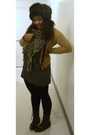 Dark-brown-urban-outfitters-boots-black-stripes-uniqlo-dress-dark-brown-faux