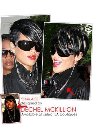 Dechel McKillion accessories