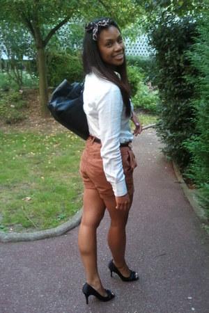 tawny H&M shorts - white Zara shirt - black ANDRE heels