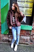 brown new look coat - blue River Island jeans - Converse sneakers