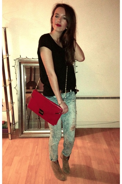 red red clutch bag Miss Selfridge bag - light brown Aldo boots