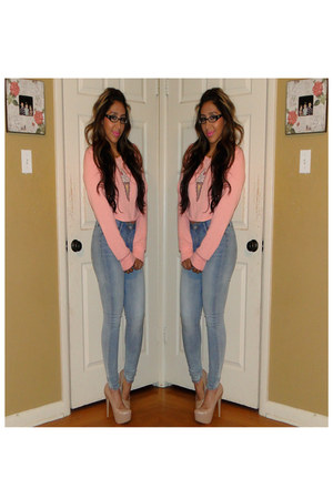 light blue Levi jeans - bubble gum Topshop sweatshirt - nude Steve Madden pumps