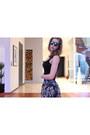Teal-sunglasses-quay-sunglasses-gray-skirt-zara-skirt