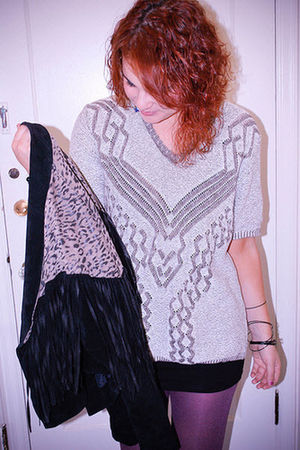 silver vintage sweater - black chia jacket - black H&M skirt