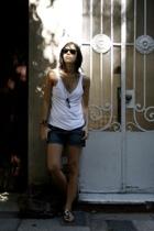 ay not dead top - Como quieres que te quiera shorts - Gap shoes - Forever21 purs