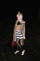 white Boutique 9 flats - camel vintage coat - maroon tano bag