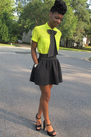lime green blouse - black skirt