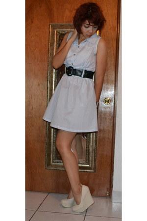cream Payless heels - blue papaya dress