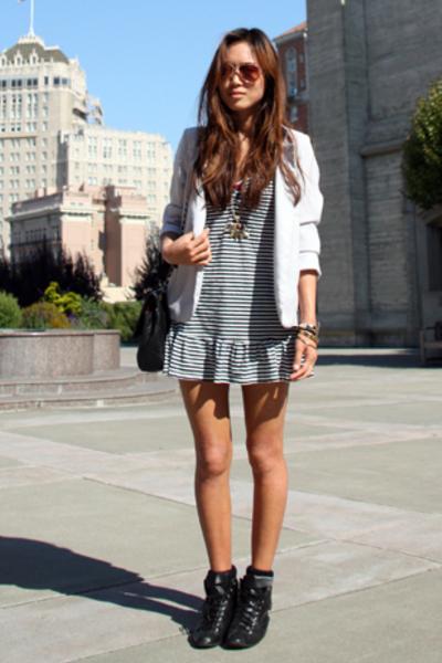 vintage blazer - f21 dress - Etsy shoes