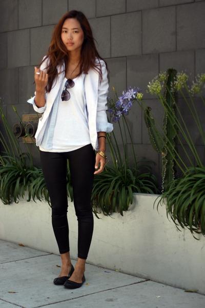 white vintage blazer - black leggings - blue banana republic shirt