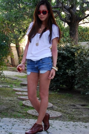 white t-shirt - brown oxfords Jeffrey Campbell shoes - blue Levis shorts
